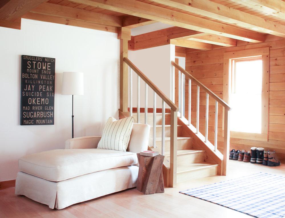 6_StudioMG_Living Room and Entry (2).jpg