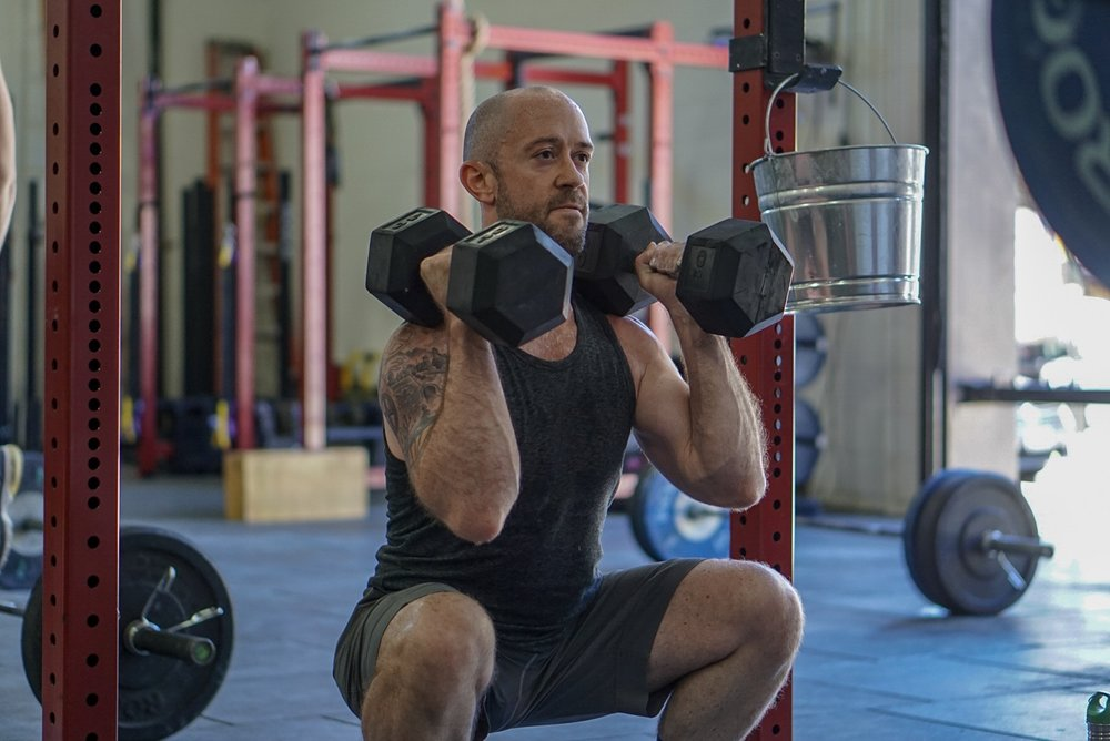 - 5 Rounds5 Minute EMOMMin 1: 1 Snatch + 1 Overhead SquatMin 2: 1 Snatch + 2 Overhead SquatMin 3: 1 Snatch + 3 Overhead SquatMin 4: 1 Snatch + 4 Overhead SquatMin 5: 1 Snatch + 5 Overhead SquatRest 1 Minute and INCREASE LOAD* squat snatch counts as 1 OHS