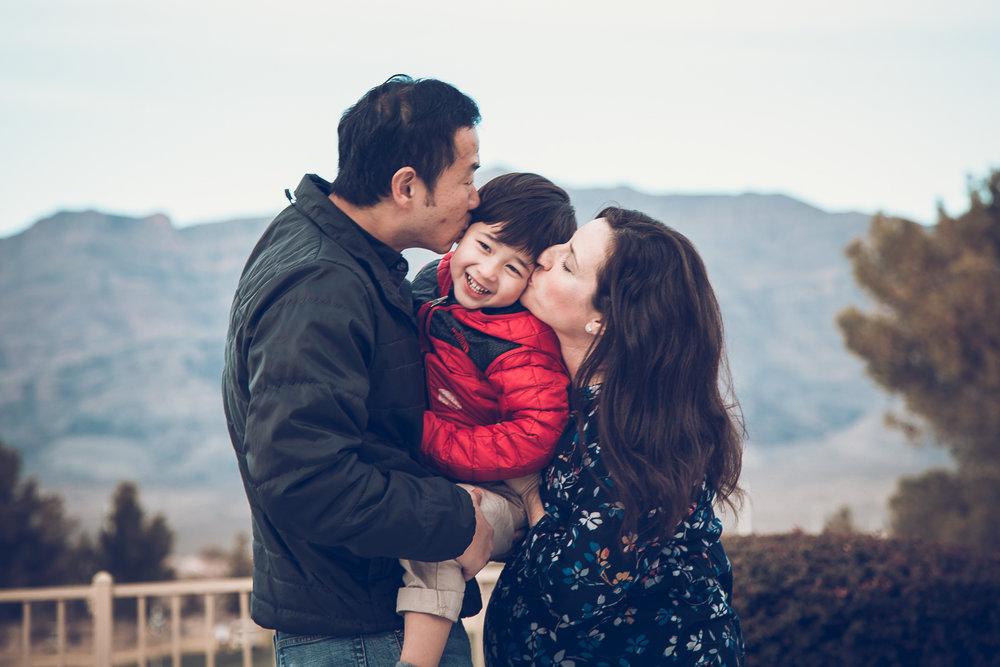 Hsai-Family-2016-7.jpg