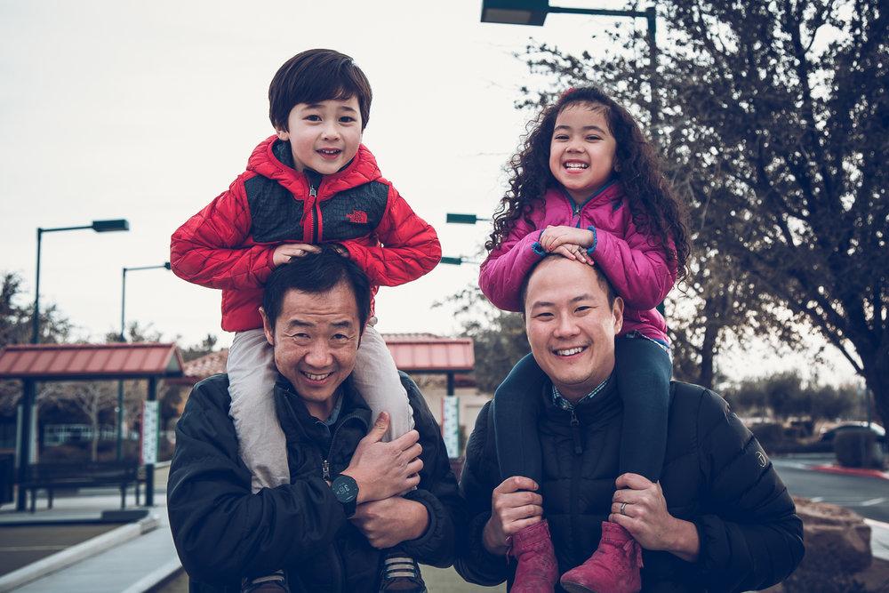 Hsai-Family-2016-12.jpg