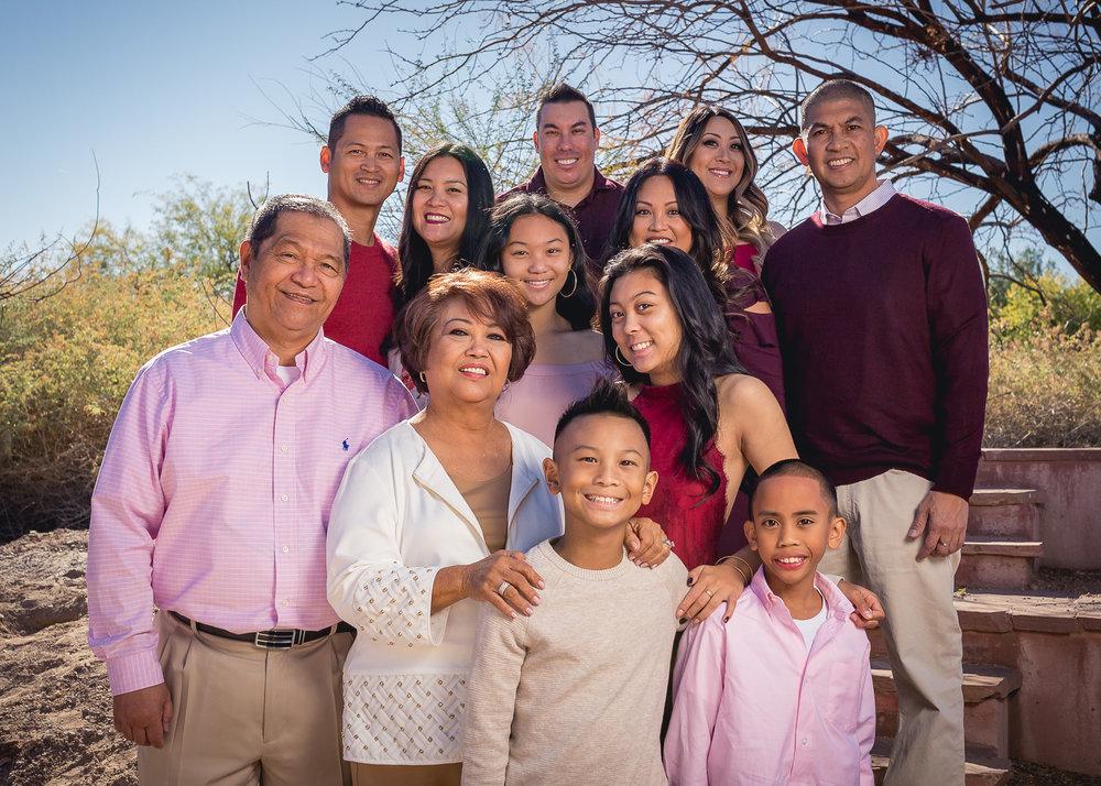 DeGuzman-Family-2017-5.jpg