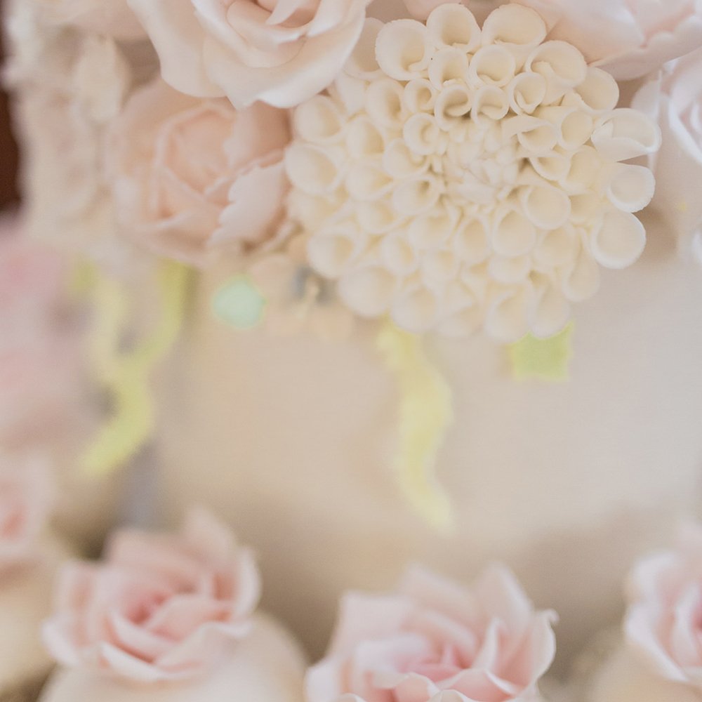 Scottish-wedding-suppliers-wedding-cakes-rosewood-Glasgow.jpg