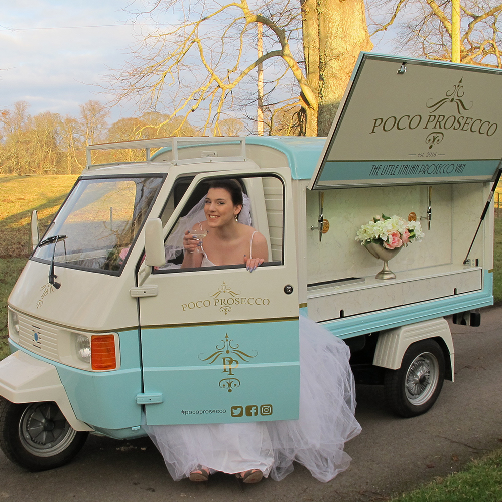 Scottish-wedding-suppliers-wedding-food-trucks-poco-prosecco6.jpg