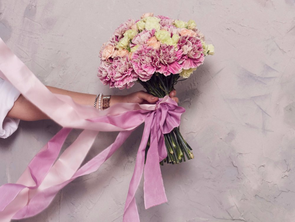 Instagram background - how to make a photo background - lavender and rose prop hire wedding florist glasgow2.jpg