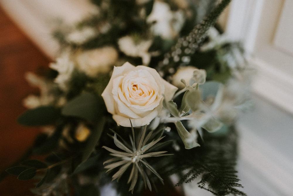 the-log-cabin-ravensheugh-wedding-lavender-and-rose4.jpg