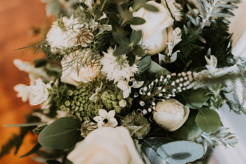 the-log-cabin-ravensheugh-wedding-lavender-and-rose5.jpg