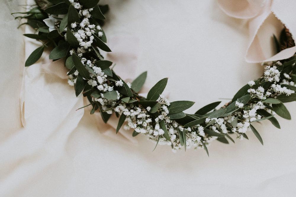 the-log-cabin-ravensheugh-wedding-lavender-and-rose6.jpg