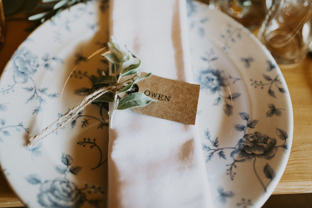 the-log-cabin-ravensheugh-wedding-lavender-and-rose33.jpg
