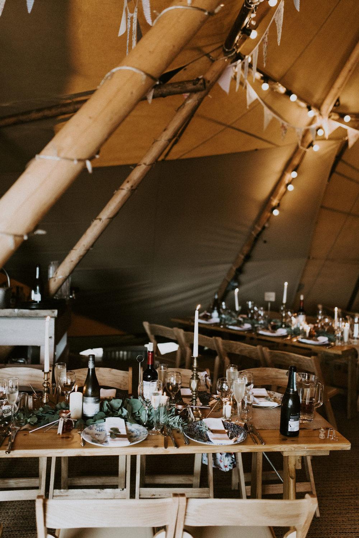 the-log-cabin-ravensheugh-wedding-lavender-and-rose35.jpg