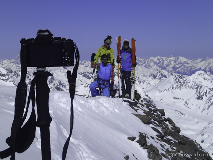 On top of a sub peak of Großglockner (the peak was full of people) and test some filming gadgets. (L-R): Christoph Waldhör, Alex Mörtl, Michi Trojer