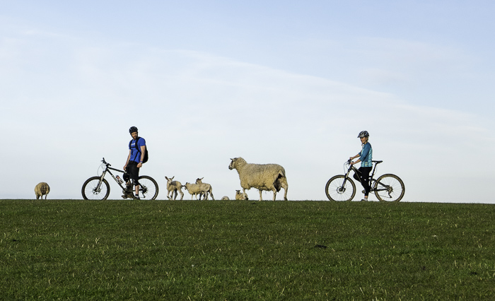 Country bike ride with Soph (R) and Will Satterly (L)