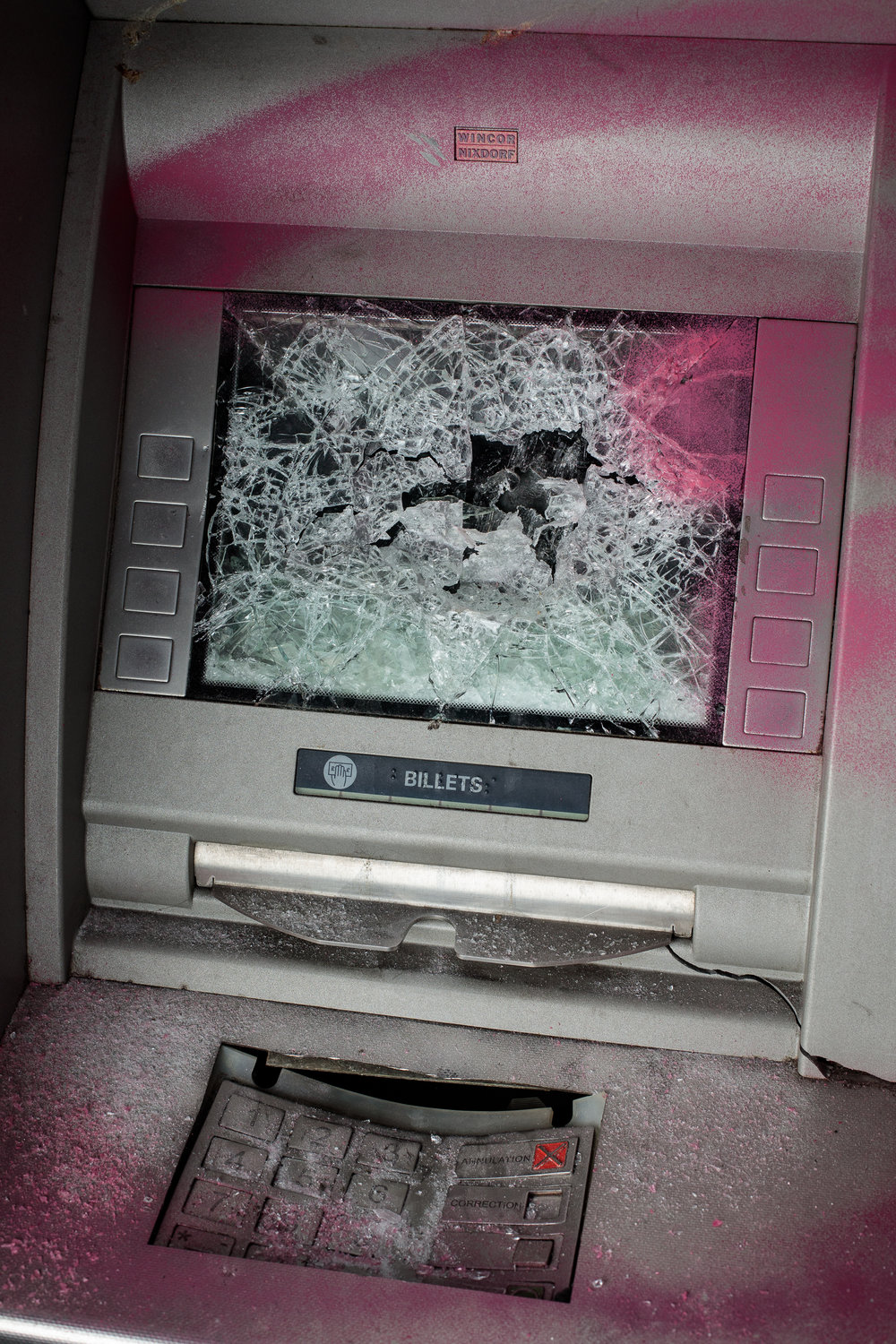 Cash machine, broken glass and paint, 2018