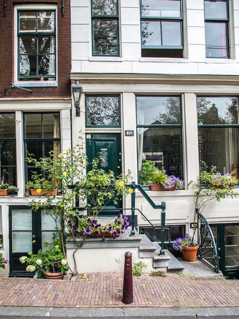 lilywanderlust-amsterdam-summer-gardens-2.jpg