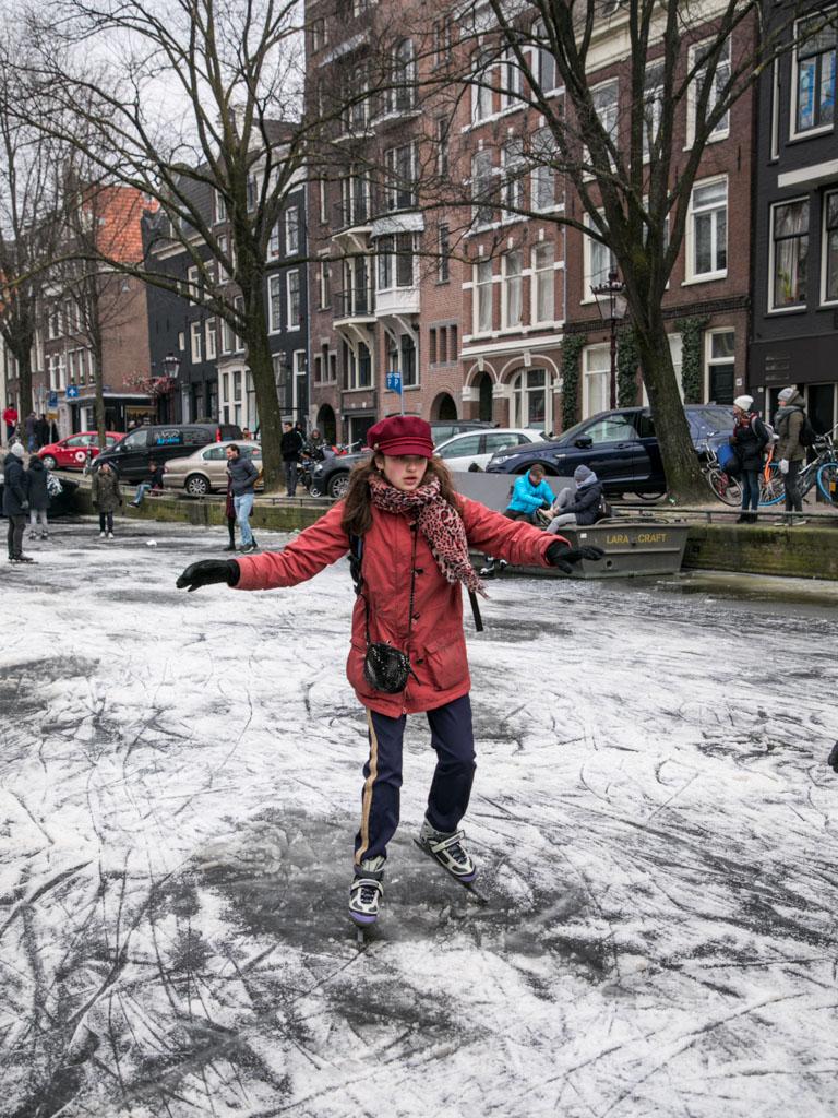 LilyWanderlust-Amsterdam-Frozen-Canals-36.jpg