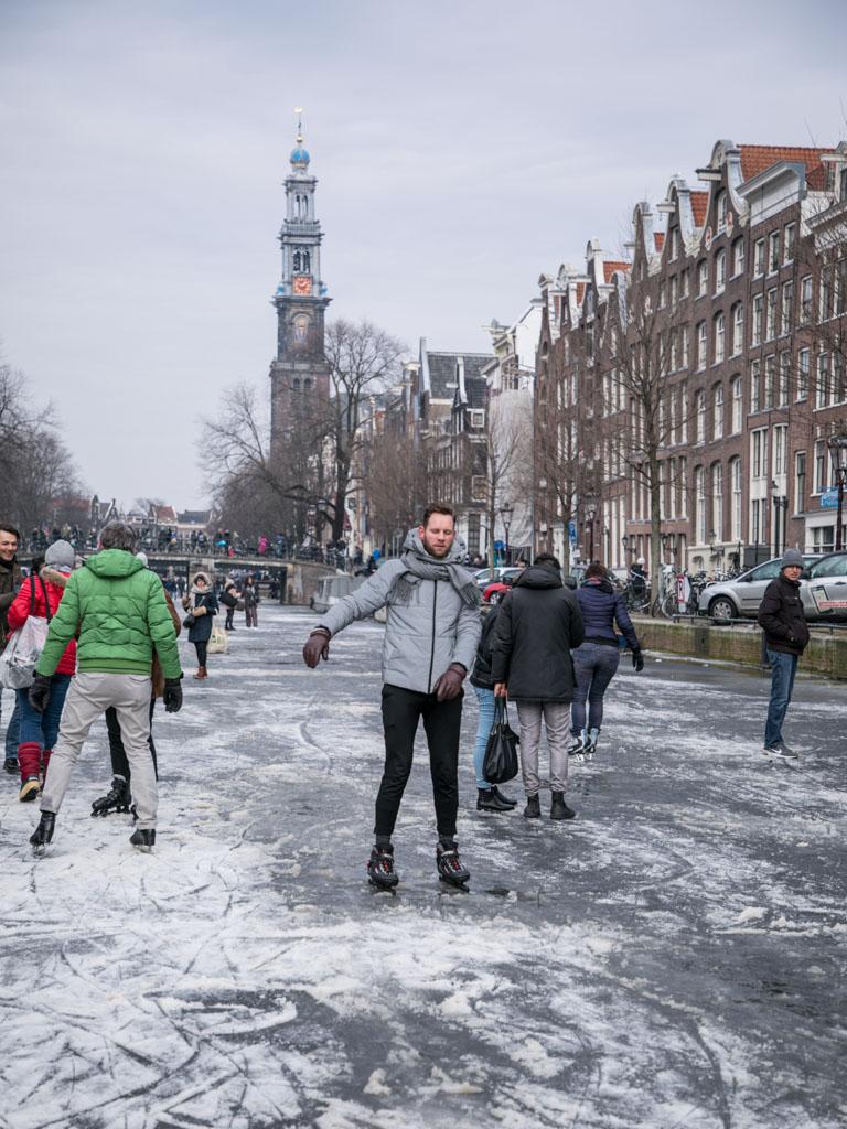 LilyWanderlust-Amsterdam-Frozen-Canals-48.jpg