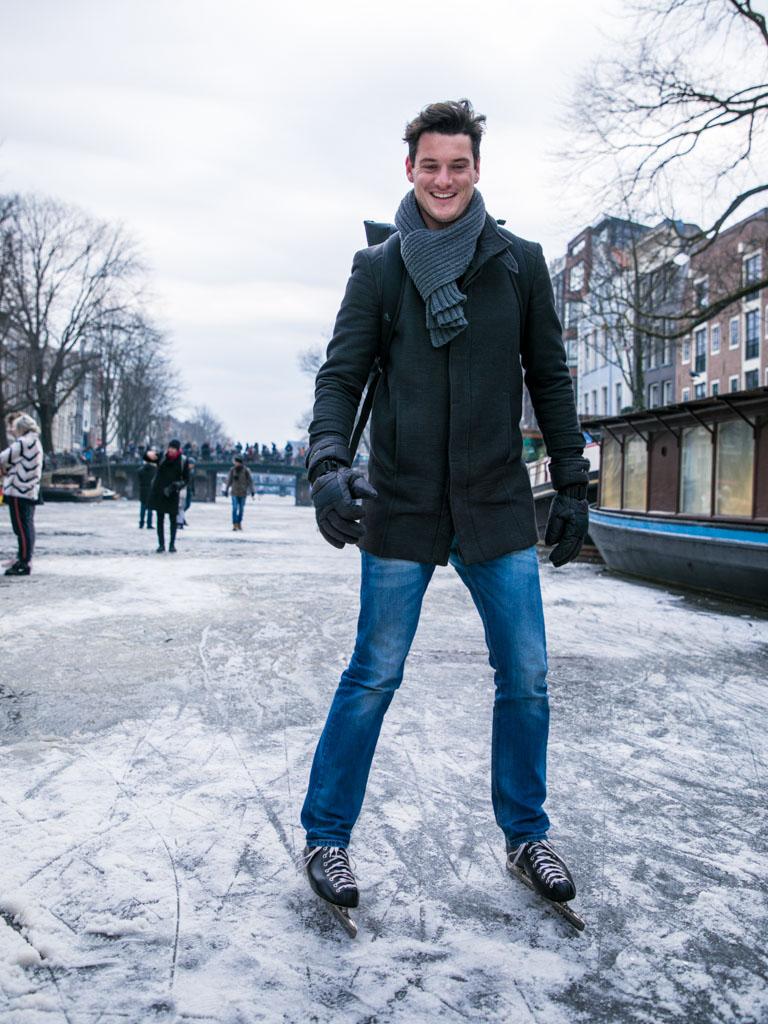 LilyWanderlust-Amsterdam-Frozen-Canals-55.jpg