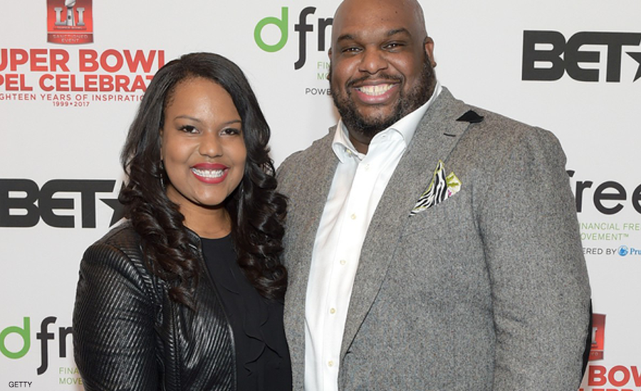 "WATCH: John Gray Says 'Sometimes Prayer Is Not Enough' to Fix Marital Problems During Appearance With Wife Aventer on ""Red Table Talk"" to Discuss How Relationships Can Survive Quarantine"