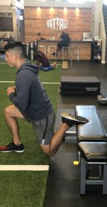 bulgarian-split-suqat-variation-two-on-the-go-workouts