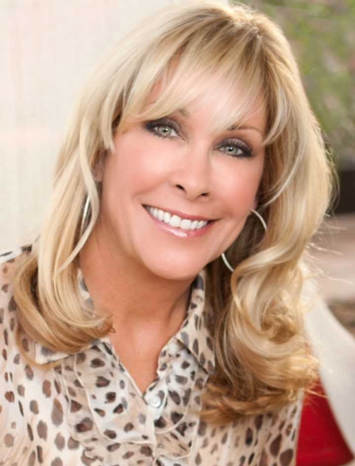 Meet Tana Thompson - Scottsdale, AZInterior Entrepreneur, Trainer, Coach, SpeakerBusiness: Tana Thompson InteriorsSummit Topic: Decide What You Want