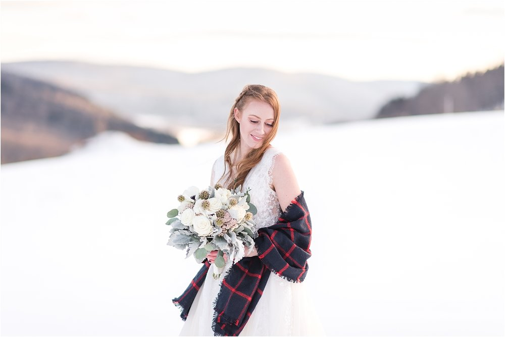 winter_bridal_inspiration_fabiana_skubic_wedding_photographer (1).jpg