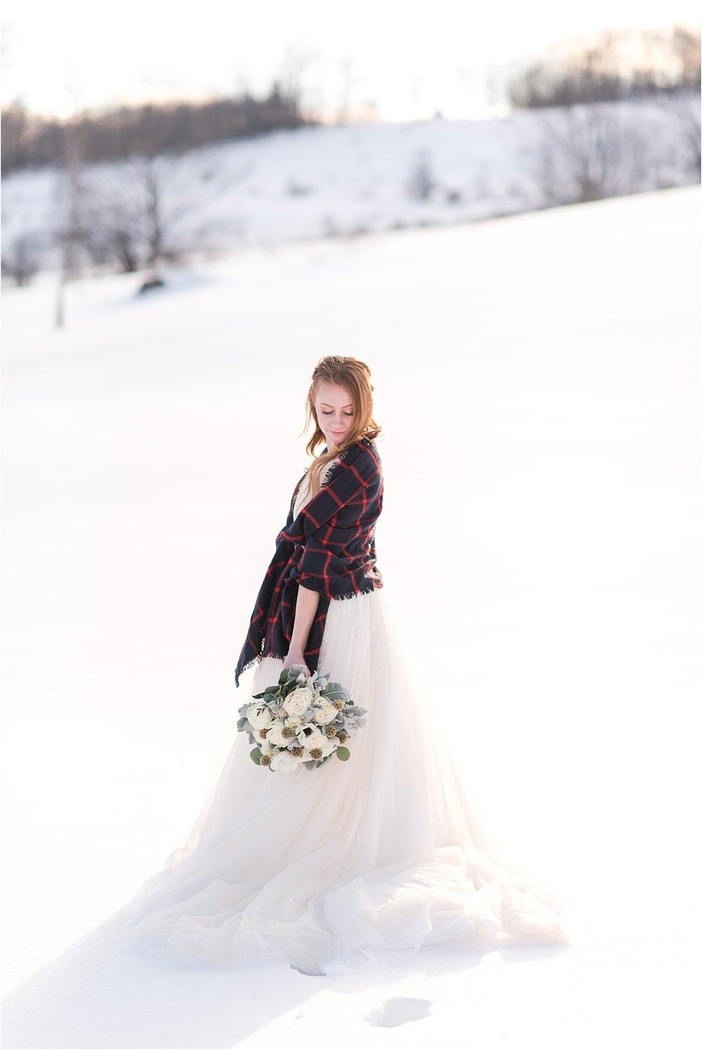 winter_bridal_inspiration_fabiana_skubic_wedding_photographer (33).jpg