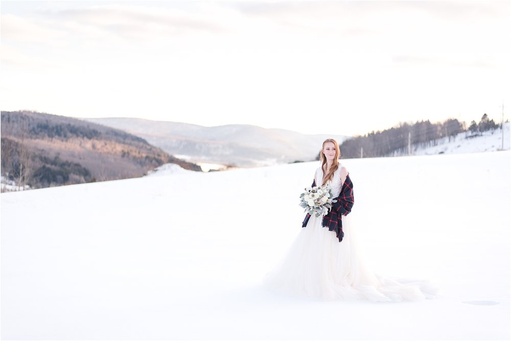 winter_bridal_inspiration_fabiana_skubic_wedding_photographer (37).jpg