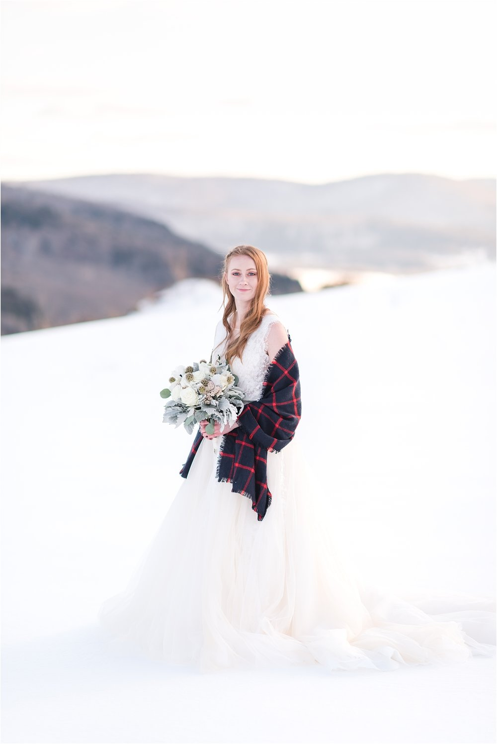 winter_bridal_inspiration_fabiana_skubic_wedding_photographer (39).jpg
