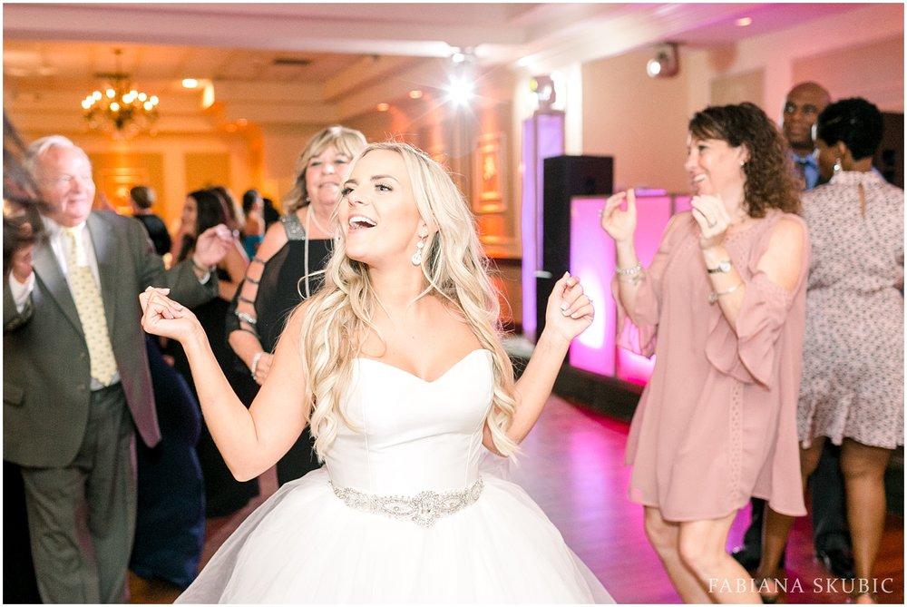 FabianaSkubic_K&N_Brooklake_Wedding_0071.jpg