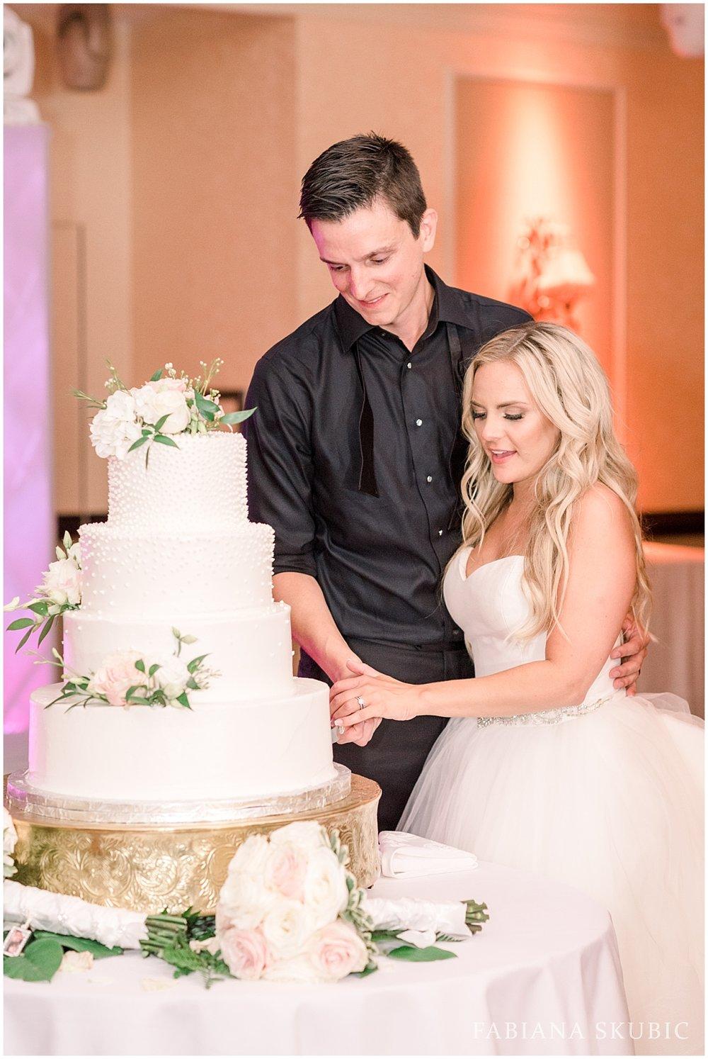 FabianaSkubic_K&N_Brooklake_Wedding_0074.jpg