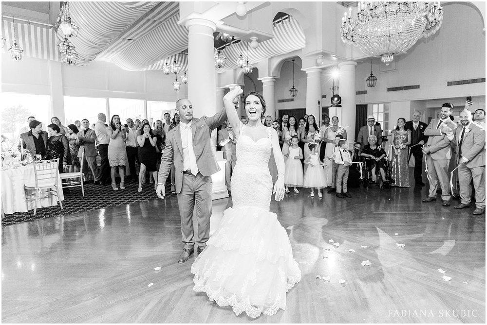FabianaSkubic_J&M_Oceanbleu_Wedding_0110.jpg