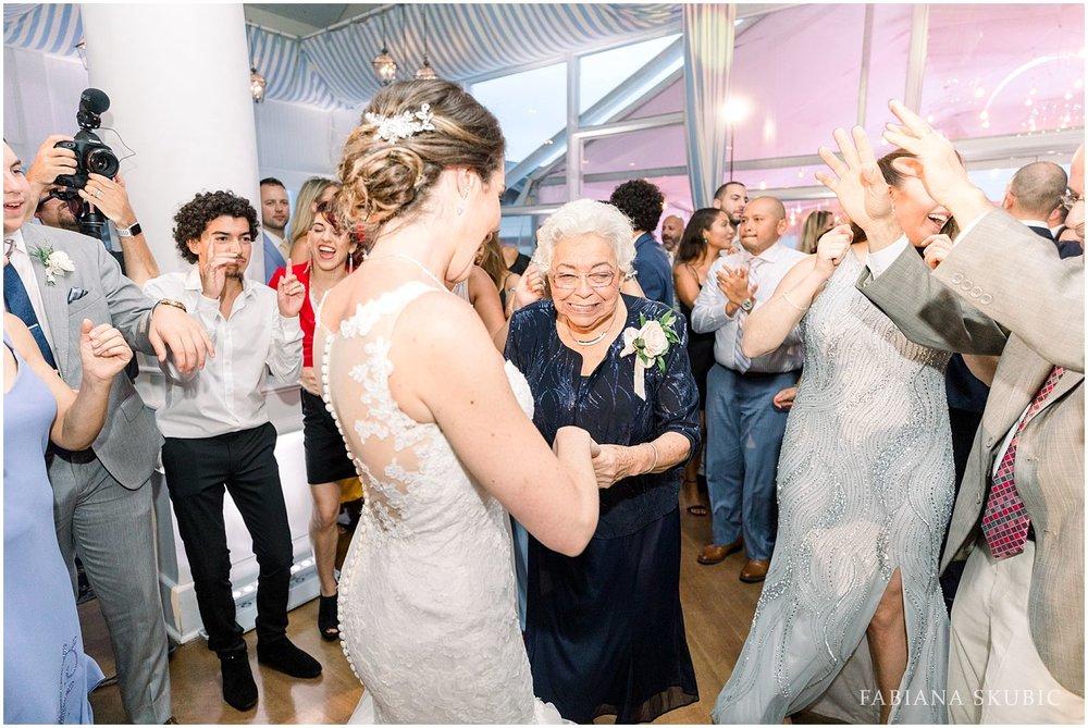 FabianaSkubic_J&M_Oceanbleu_Wedding_0119.jpg