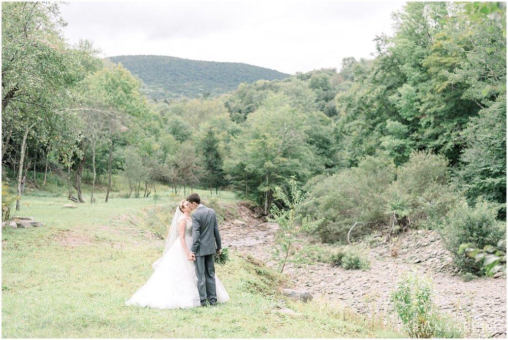 FabianaSkubic_J&M_FullMoonResort_Wedding_0043.jpg