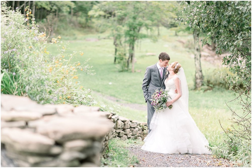 FabianaSkubic_J&M_FullMoonResort_Wedding_0048.jpg