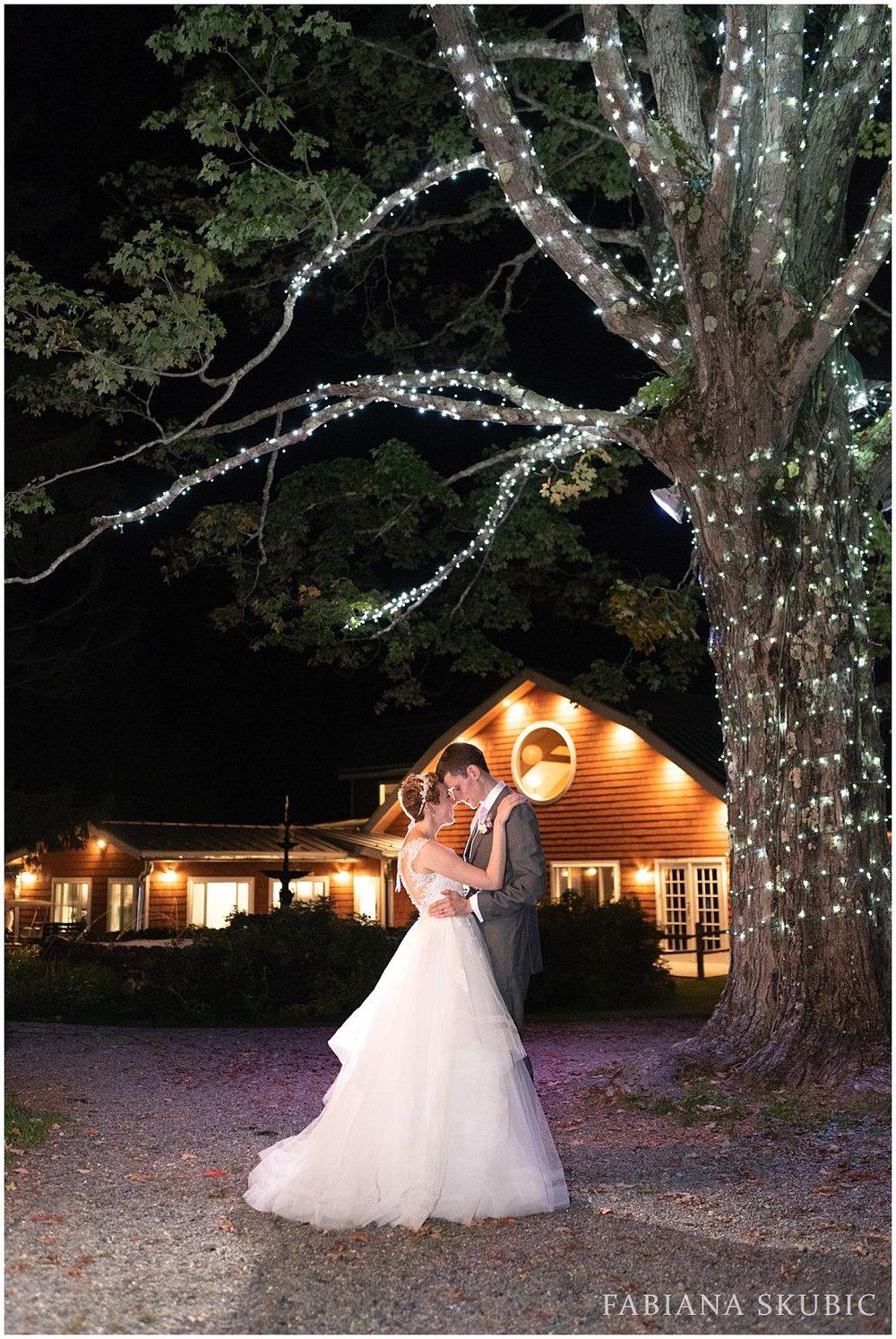 FabianaSkubic_J&M_FullMoonResort_Wedding_0096.jpg