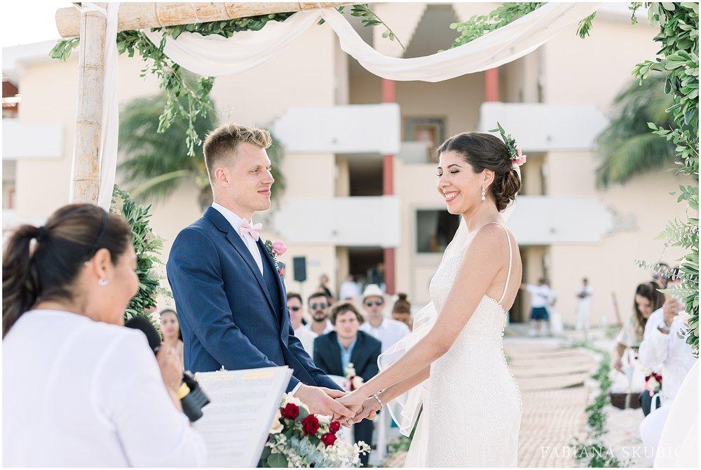 TJ_Now_Sapphire_Riviera_Cancun_Mexico_Wedding_Photos_0229.jpg