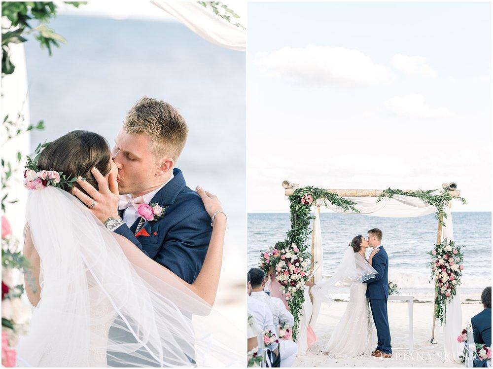 TJ_Now_Sapphire_Riviera_Cancun_Mexico_Wedding_Photos_0237.jpg
