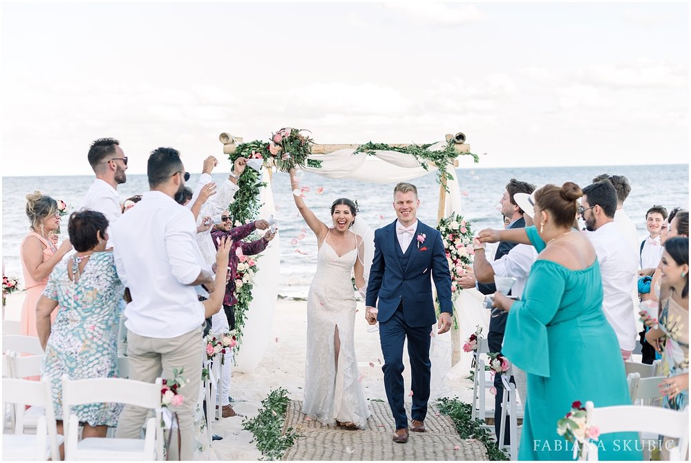 TJ_Now_Sapphire_Riviera_Cancun_Mexico_Wedding_Photos_0241.jpg