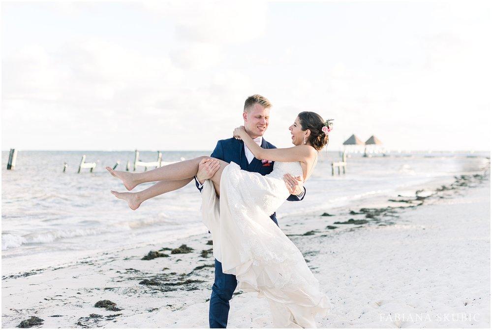 TJ_Now_Sapphire_Riviera_Cancun_Mexico_Wedding_Photos_0252.jpg