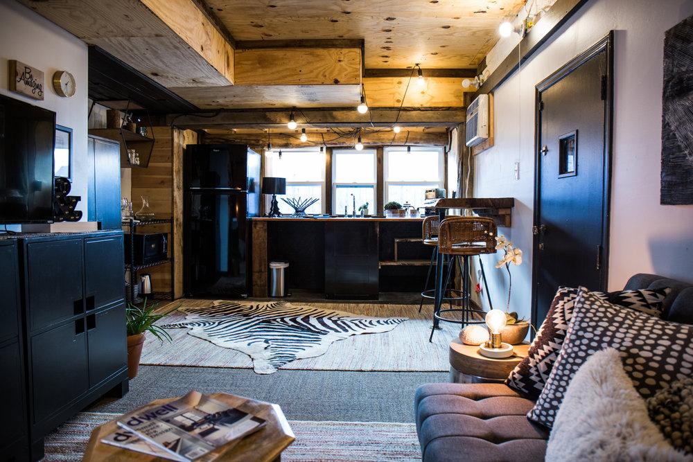Urban cabin & Crashpad -