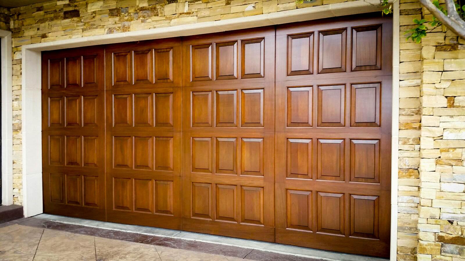 Our work atlantis door atlantis door fountain valley garage door e 5 rubansaba