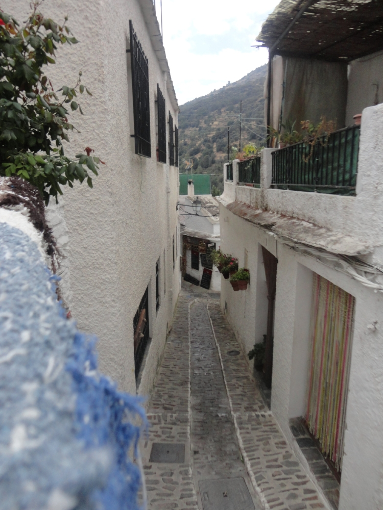 Windy streets of the Alpujarra.
