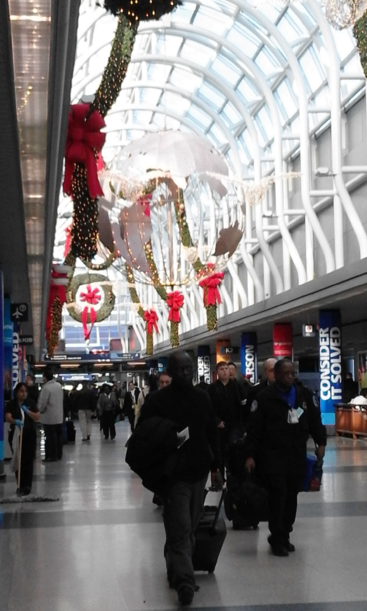 The Christmas-y 'welcome home' that awaited me in the airport the last time I returned to Chicago.