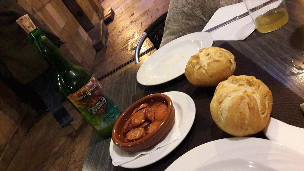 After a long day of travels,  chorizo a la sidra  really hits the spot!