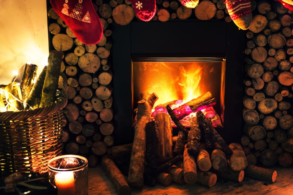 Holiday fire. Photo source rawpixel.com on Pexels