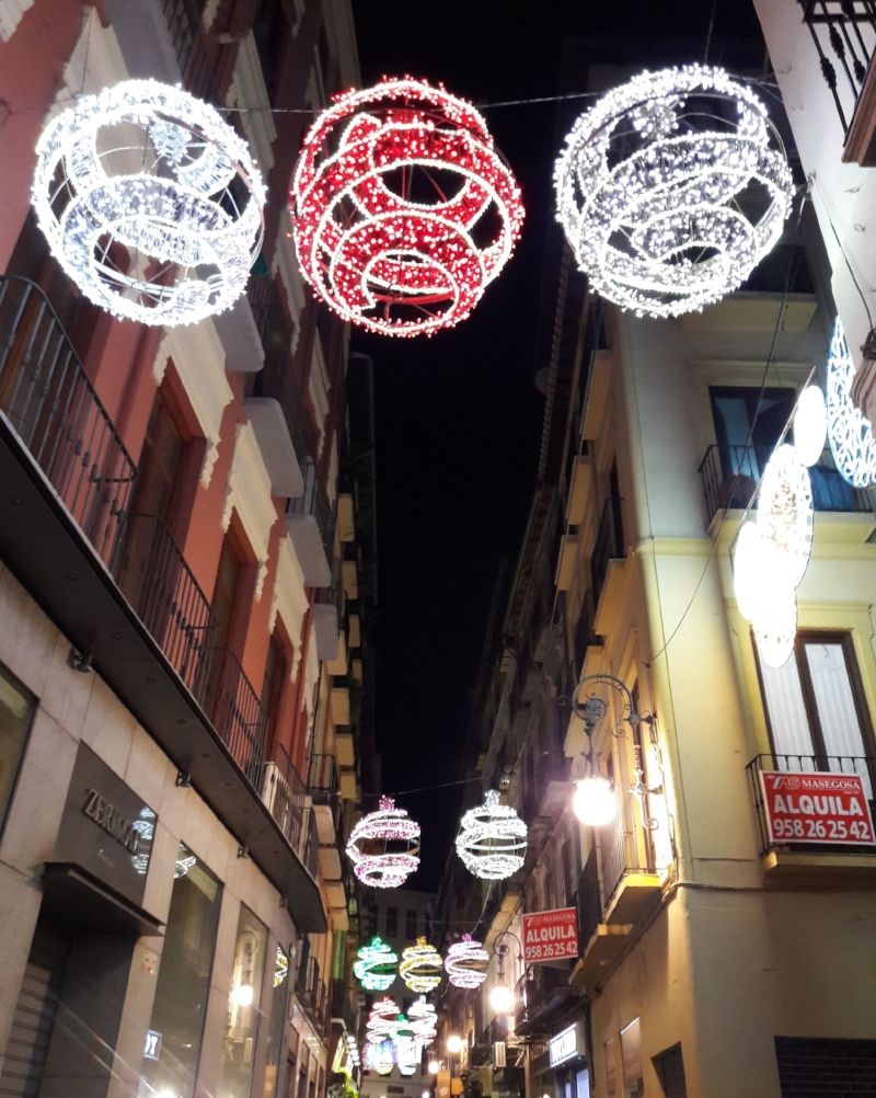 ornament-shaped lights