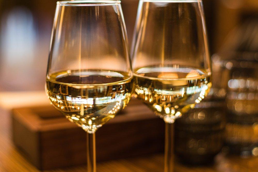 White wine. Photo source Valeria Boltneva on Pexels