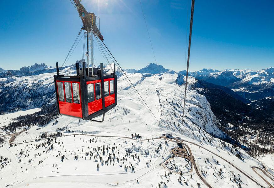 Gondola in Cortina