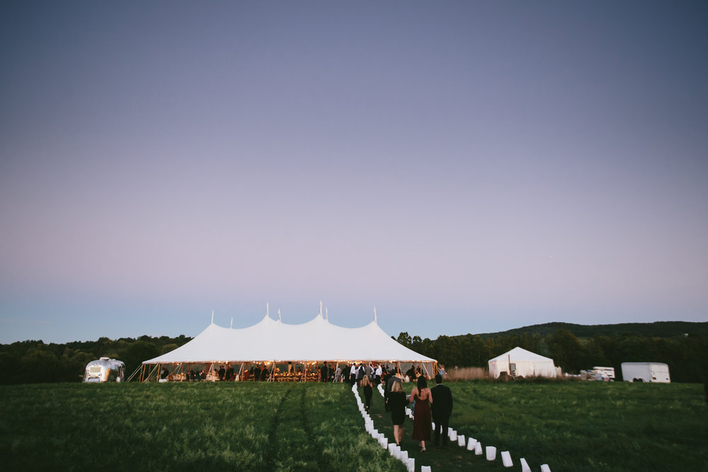 hudson-valley-farm-weddings-pioneer-farm-weddings-warwick-ny-pathway-to-outdoor-reception-area.jpg