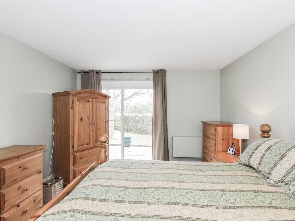 542 Cranbrook Rd London ON N6K-MLS_Size-015-13-Master Bedroom-1024x768-72dpi.jpg