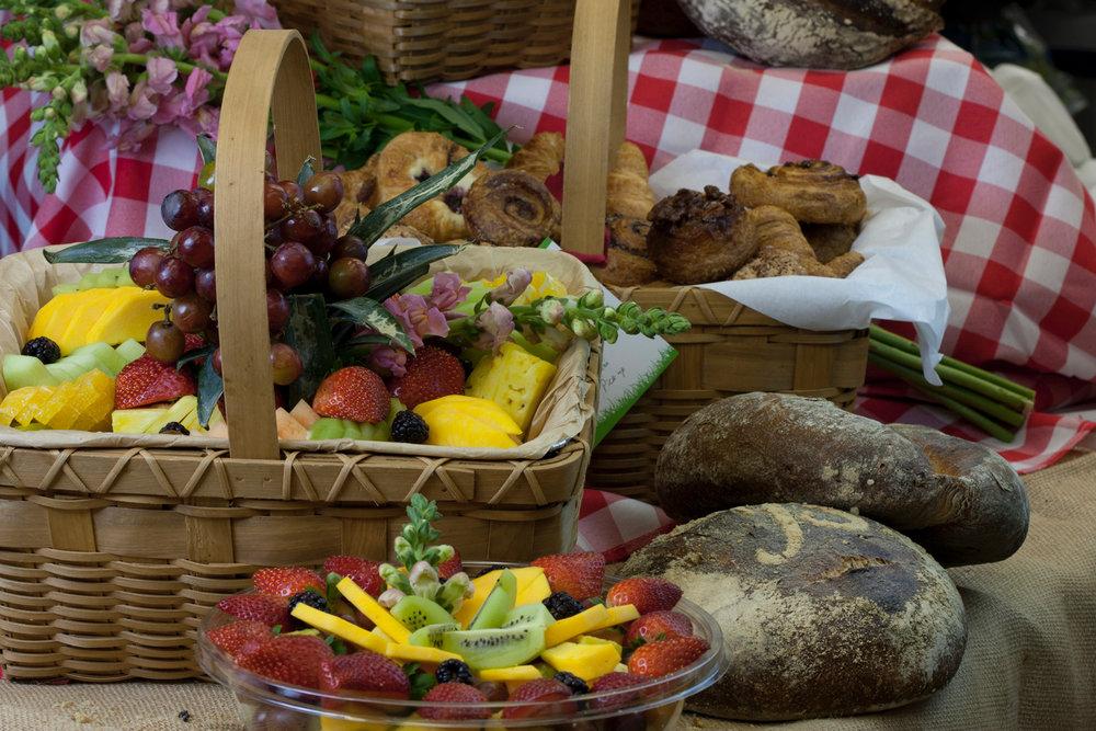 picnic basket 1-149.jpg